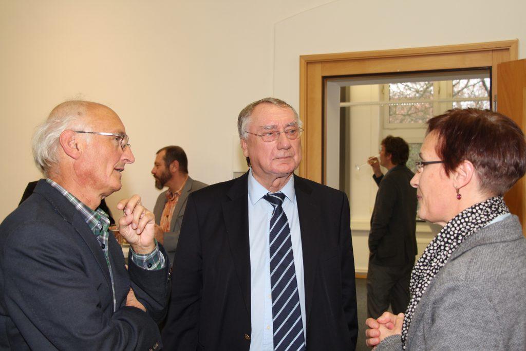 Dr. Alexander Botte, Jürgen Schlegel und Dr. Doris Bambey (v.l.n.r) im Gespräch