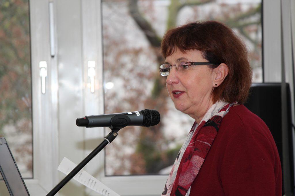 """Dr. Gabriele Hausdorf ist Leiterin des Referats """"D2 - Digitaler Wandel in der Bildung"""" beim BMBF."""