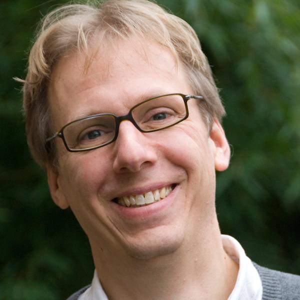 Porträt Christian Fiebach, Professor für Neurokognitive Psychologie an der Goethe-Universität Frankfurt und Schriftführer im Vorstand der Deutschen Gesellschaft für Psychologie (DGPs).