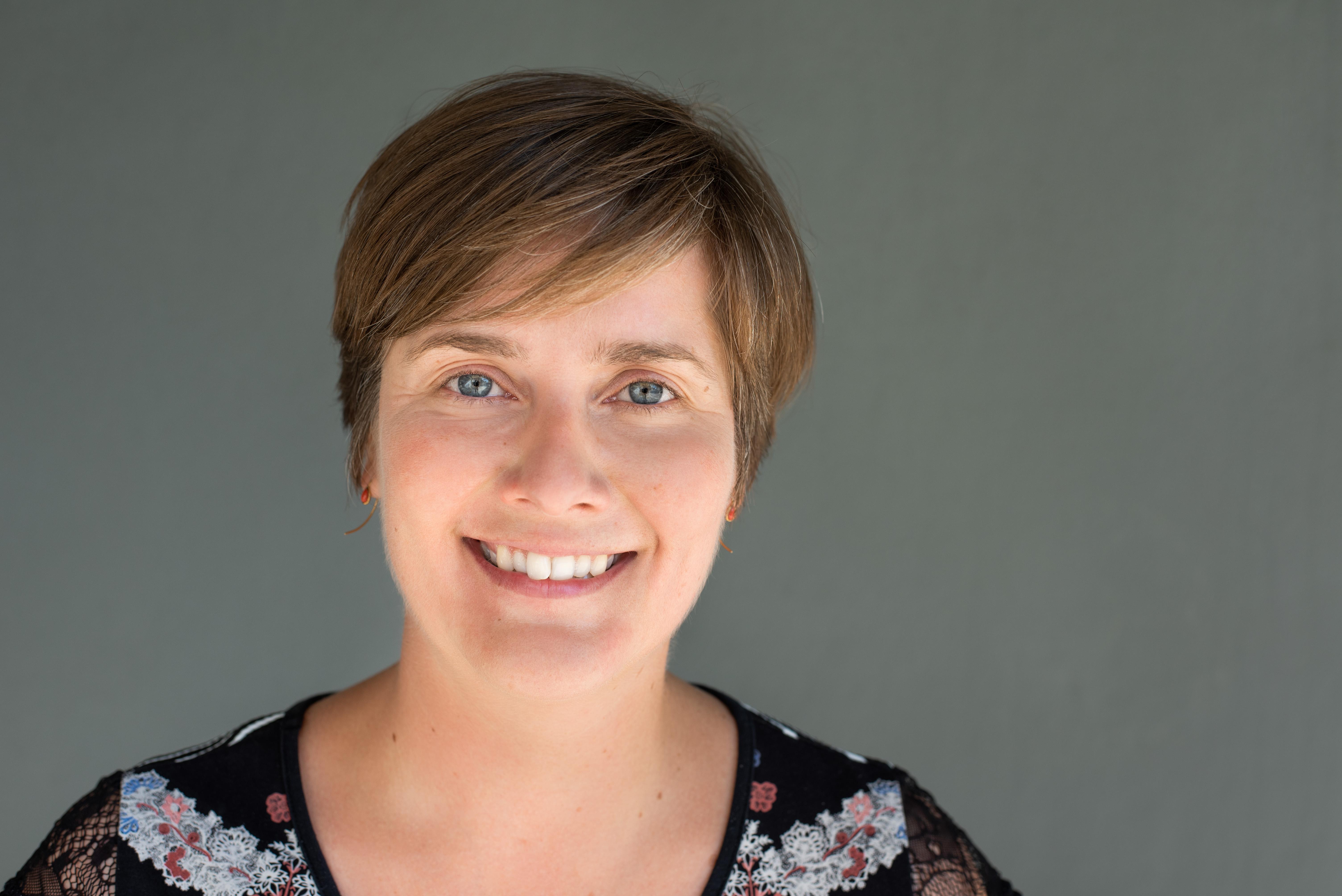 Porträt Dana Müller, Forschungsbereichsleiterin beim Forschungsdatenzentrum der Bundesagentur für Arbeit im Instituts für Arbeitsmarkt und Berufsforschung (IAB)