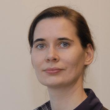 Dr. Isabel Steinhardt