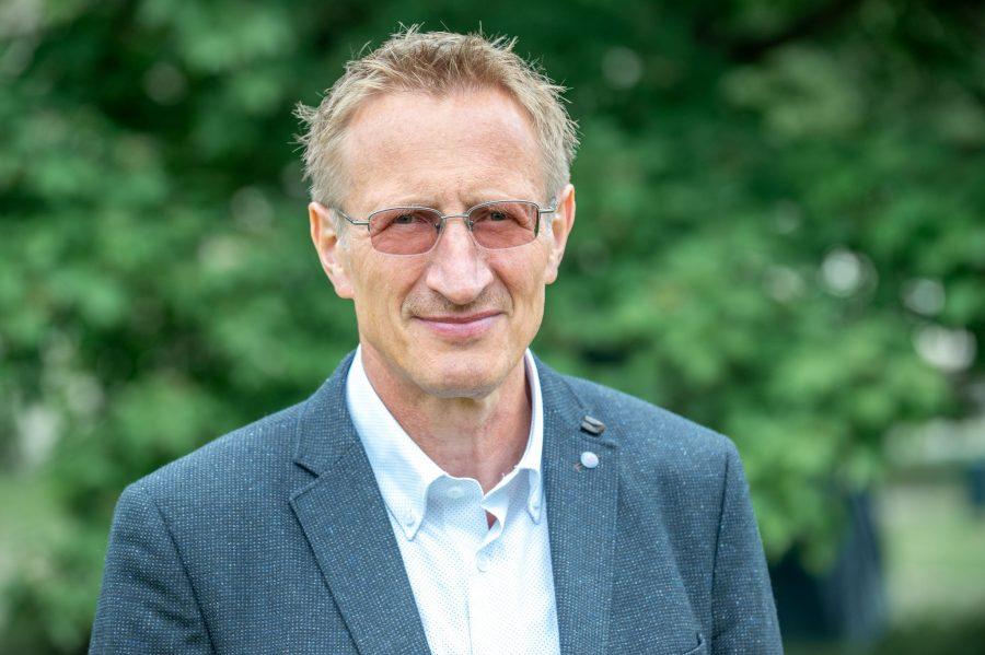 Halbporträt Prof. Wilfried Schubarth