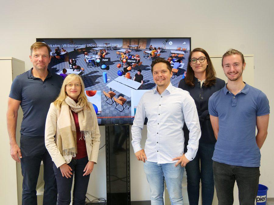 Das ViLearn-Team der Uni Würzburg (v.l.): Marc Latoschik, Silke Grafe, Florian Kern, Gabriela Greger und Peter Kullmann. Es fehlt Jennifer Tiede.