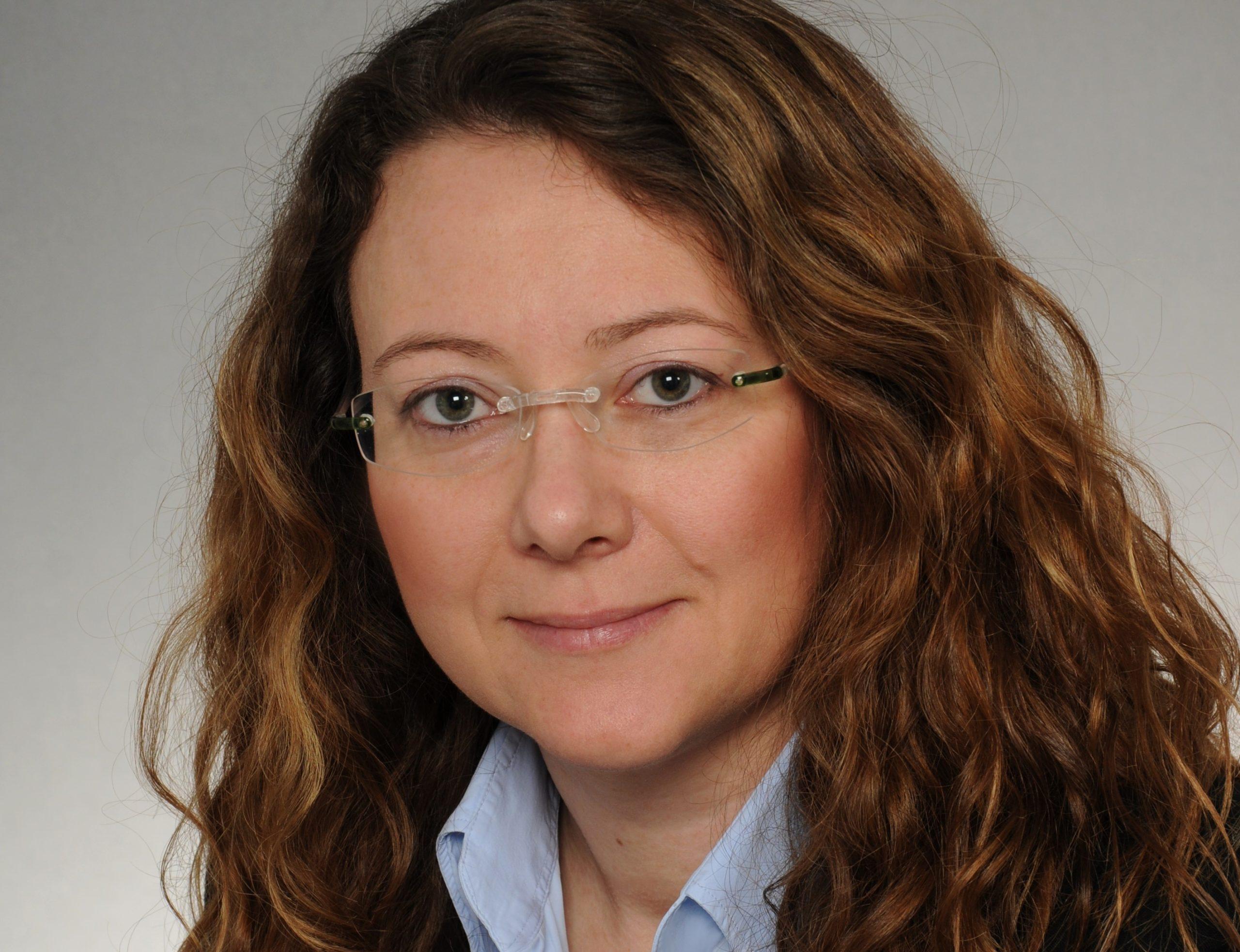 Porträt von Débora Maehler